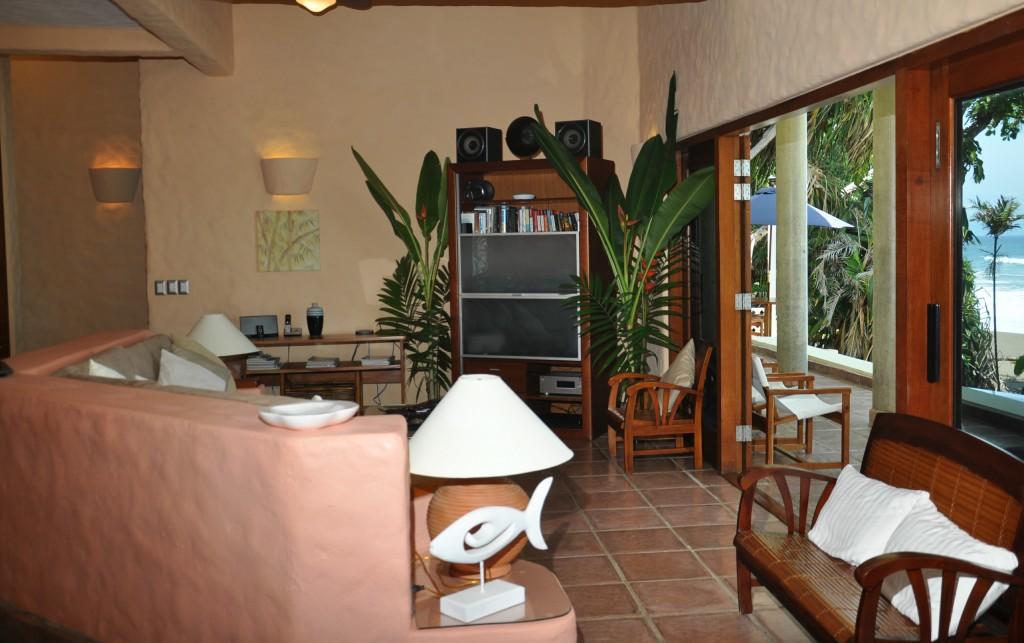 living-room-wg