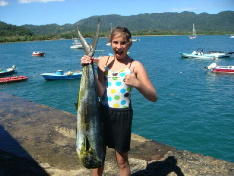 Costa rica tours tortuga island canopy tours sport for Deep sea fishing costa rica
