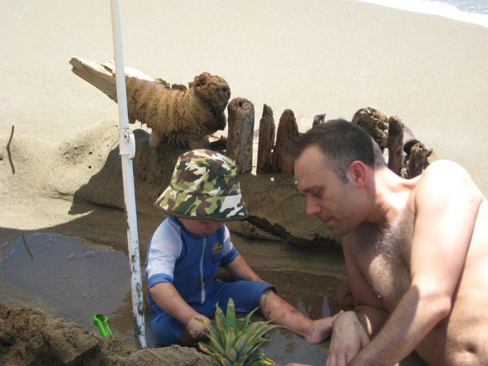 slider-father-son-beach