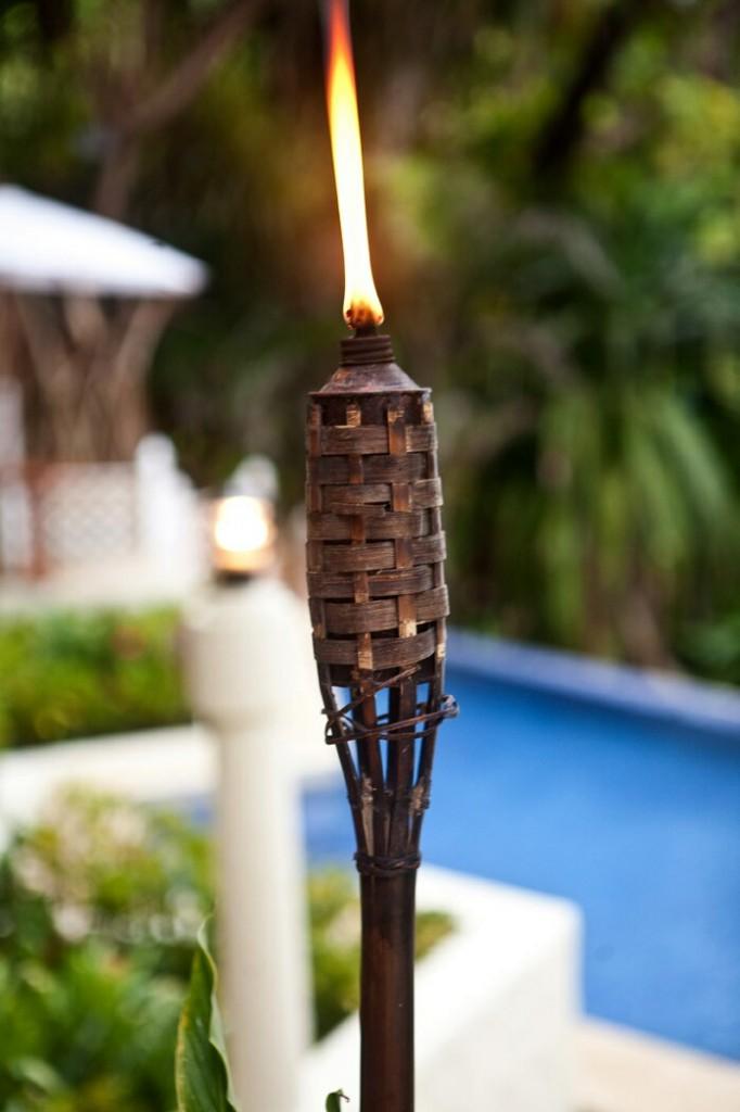 slider-tiki-candle