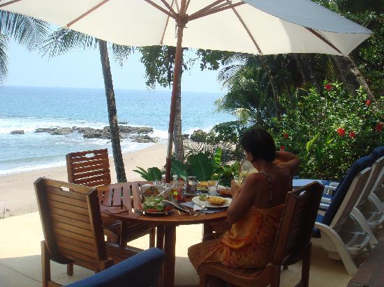 casa-oceano-beach-breakfast
