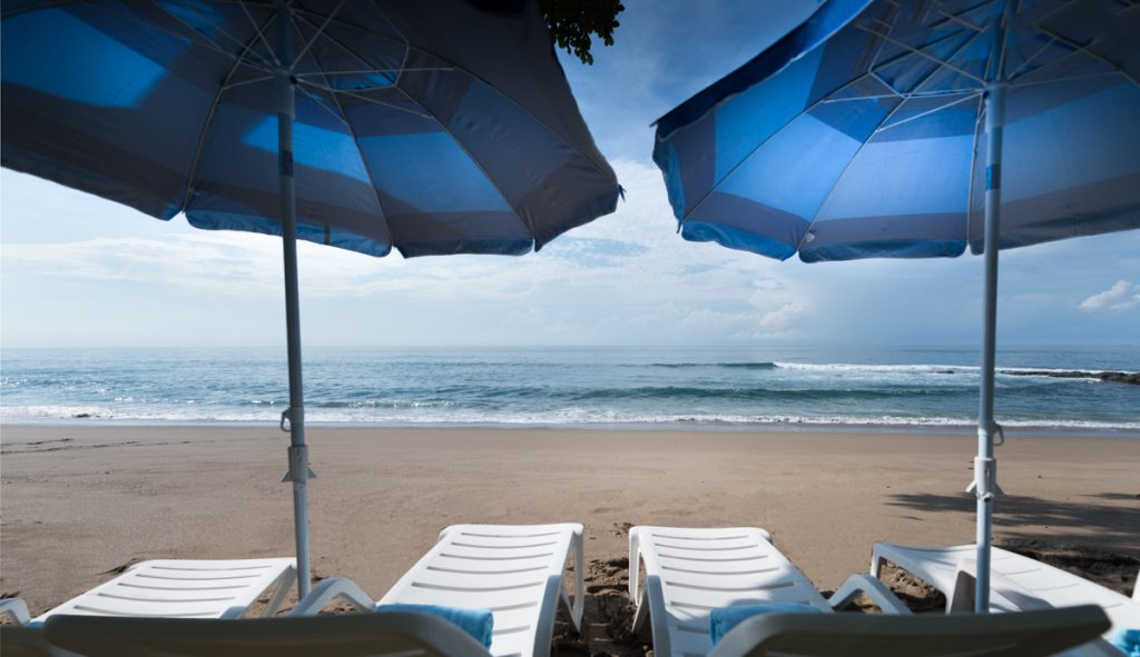 beach-umberellas