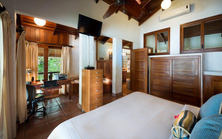 guest-master-bedroom-1