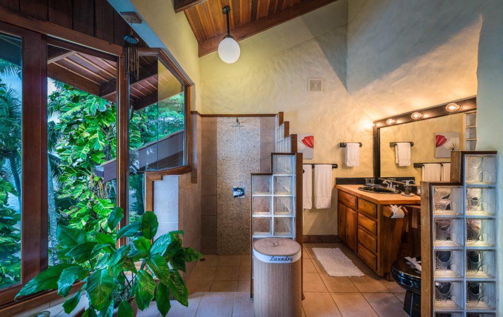 main-master-jacuzzi-shower-2