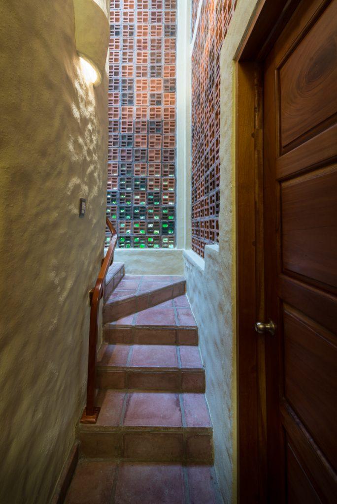 main-master-stairway-up