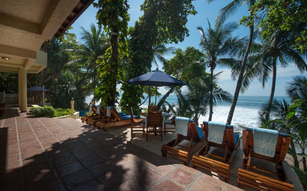 outside-patio-sundeck-ocean